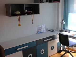 HABITACIÓN JUVENIL CHICO Dormitorios infantiles de estilo moderno de LA ALCOBA Moderno