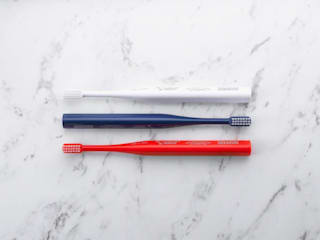 ​立つ歯ブラシ、『 THE TOOTH BRUSH by MISOKA 』: PRODUCT DESIGN CENTERが手掛けたです。