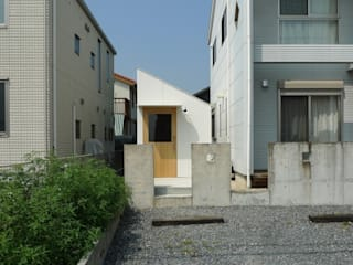 市原忍建築設計事務所 / Shinobu Ichihara Architects Modern garage/shed