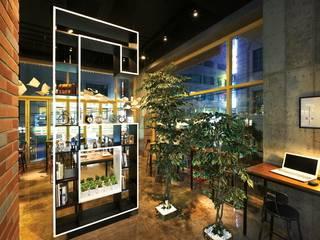 [DesigN m4]_식음공간 인테리어_BENJAMIN6: Design m4의  레스토랑