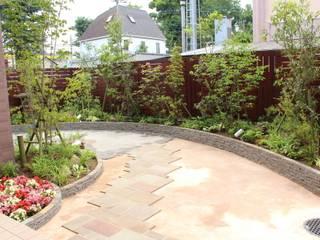 .: 株式会社大沢ガーデンが手掛けた庭です。,