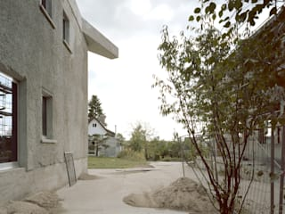 บ้านและที่อยู่อาศัย โดย Brandlhuber+ Emde, Schneider,