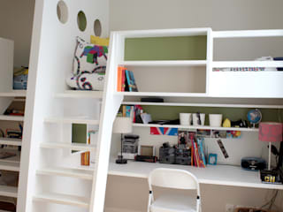 Modern Kid's Room by MadaM Architecture Modern