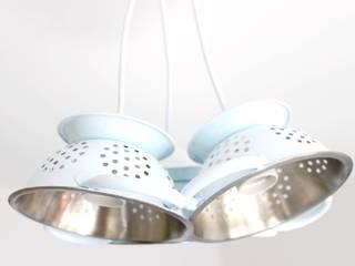 Lampe suspension trio mini passoires:  de style  par Chez V-Renise