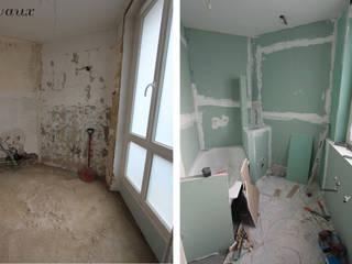 Petite salle de bain avant:  de style  par les bains et les cuisines d'Alexandre