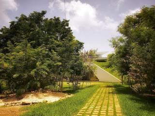 Jardins modernos por sanzpont [arquitectura] Moderno