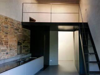 DPd Delogu Pettini Architetti Associati Colonial style kitchen