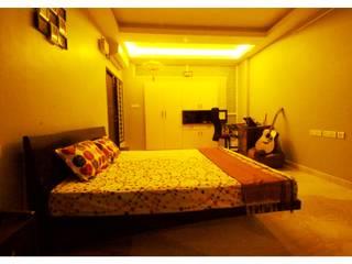 URBAN NEST Modern style bedroom by Aadyam Design Studio Modern
