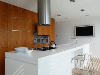 Modern style kitchen by Fotograf wnetrz Dymitr Kalasznikow Modern