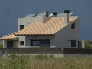 Mis casas: Casas de estilo moderno de Juli Llueca, Arquitecto