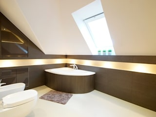Modern bathroom by ArtDecoprojekt Modern