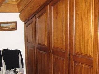 CORDEL s.r.l. SchlafzimmerKleiderschränke und Kommoden