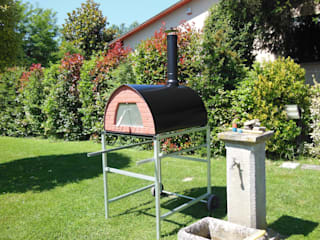 Outdoor Wood fired pizza oven Pizzone 3-4 pizzas by Pizza Party Rustic style garden by Genotema SRL Unipersonale Rustic