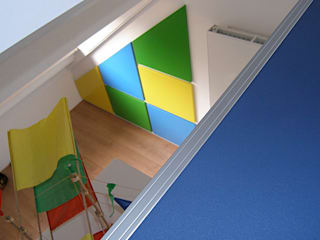 Modern nursery/kids room by WEBERontwerpt | architectenbureau Modern