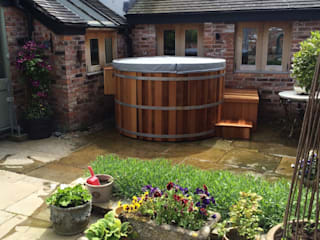 Cedar Hot Tub Cedar Hot Tubs UK Spa de estilo mediterráneo