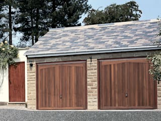 Timber Garage Doors de The Garage Door Centre Limited Rústico