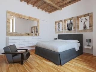 VIA ROMANA, 63 APP. 1 PIANO, FIRENZE Camera da letto moderna di CRV Edilizia Moderno