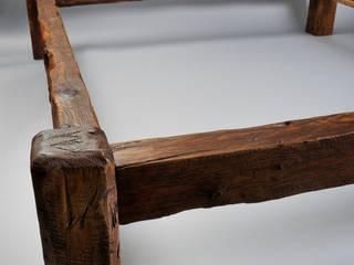 Unikates Altholz- Doppelbett massiv von Tuldok Rustikal