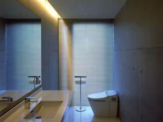 洗面トイレ: 株式会社アルフデザインが手掛けた浴室です。