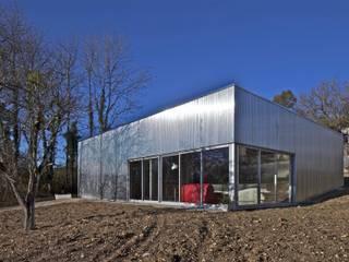 Caméléon Maisons modernes par HERARD & DA COSTA architectes Moderne