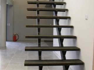 escalier en acier par metal brut Industriel