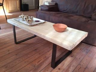 Table avec piétements en acier par metal brut Industriel