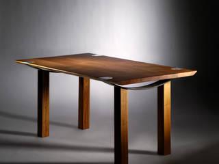 Tische:   von Mildenberger Möbel und Objektgestaltung