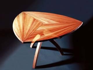 Wankeltisch:   von Mildenberger Möbel und Objektgestaltung