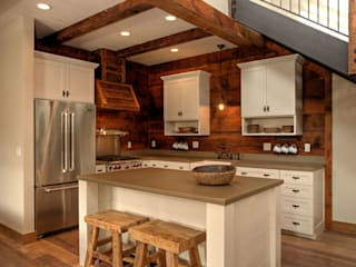 Kitchen by Uptic Studios,