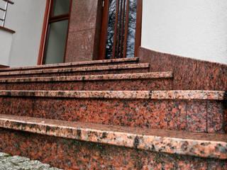 Schody BAGOMAR Sp. z o.o. Klasyczny korytarz, przedpokój i schody