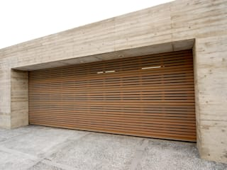 株式会社ワールドガレージドア Garajes