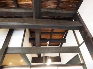 竹すのこ天井: 土公建築・環境設計室   DOKO Archtecture & Environmental Designsが手掛けたです。