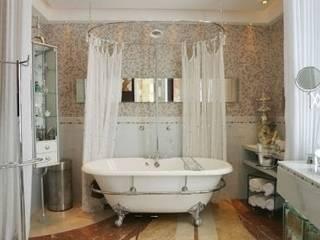 Banheiro do Casal: Banheiros  por Renata Manhães Arquitetura,