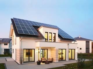 Musterhaus Avenio: Plus-Energie-Haus Moderne Häuser von RENSCH-HAUS GMBH Modern