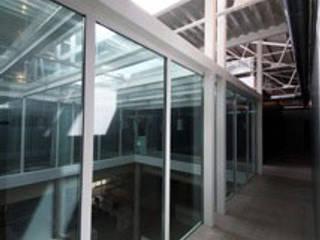 by Gomez-Ferrer arquitectos Modern