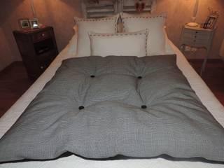 Edredon en lin noir et Prince de galle 110 cm x 110 cm référence : LDDOUCEUR par Lin Dentelle Moderne Coton Rouge