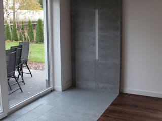 Architectural concrete - slabs of architectural concrete in modern interior Modern living room by Luxum Modern