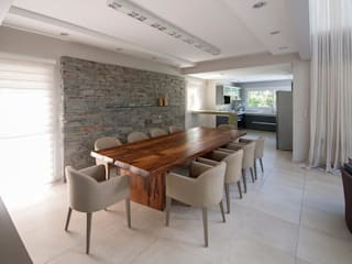 Comedores de estilo moderno por Estudio Sespede Arquitectos