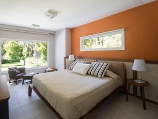 Cariló Dormitorios modernos: Ideas, imágenes y decoración de Estudio Sespede Arquitectos Moderno