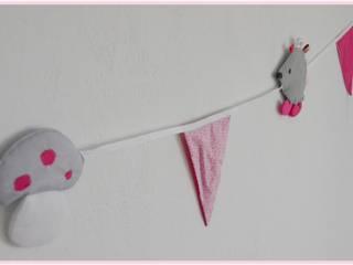 """Guirlande """"miss hérisson"""" rose et grise:  de style  par Petite Pomme et Mini Chouette"""