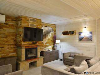 Cottage Kiev: Soggiorno in stile in stile Rustico di MG International