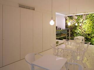 Just Cuore Espaços de restauração modernos por TERNULLOMELO Architects Moderno