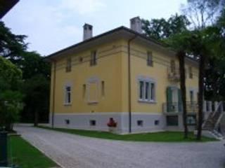 TENUTA VILLANOVA: Case in stile in stile Classico di Venezia Restauri