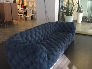 Chestermoon sofa by Baxter Soggiorno classico di Mobilificio Marchese Classico