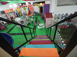 Eclectic style corridor, hallway & stairs by Artmosfera Kids Eclectic