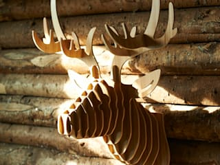 Laminated ash stag head de brush64 Escandinavo