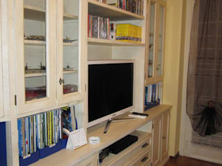 Classic style media rooms by CORDEL s.r.l. Classic