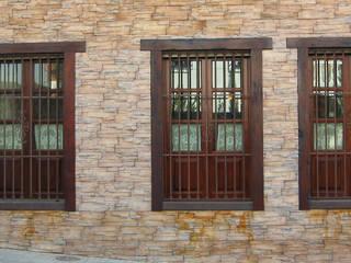 Ventanas de madera:  de estilo  de Conely