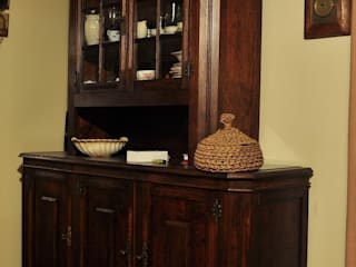Zakład Stolarski Robert Latawiec Living roomCupboards & sideboards