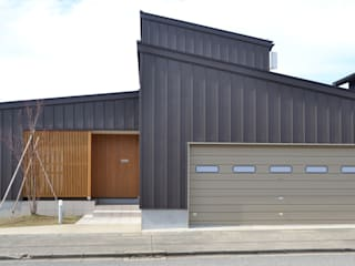 Modern Houses by 家楽舎 木田智滋住宅研究室 Modern